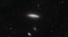 Hubble sees starbursts in virgo.