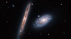 Hubble Snaps Pair of Spiral Galaxiesrt
