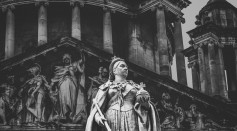 Queen Victoria and her Curse