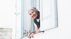 old women dementia alzheimer's disease
