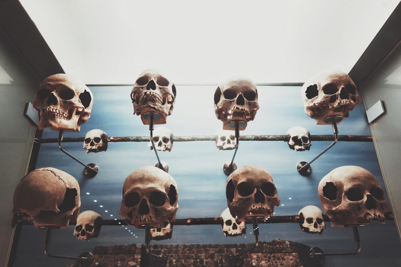 Bán sọ bất hợp pháp và phi đạo đức, xác chết và xác ướp: Đang được điều tra trên Facebook