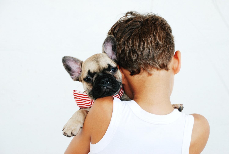 Trẻ em có chó: Đây là lý do tại sao bạn nên có con của mình Con chó con mà chúng luôn mong muốn