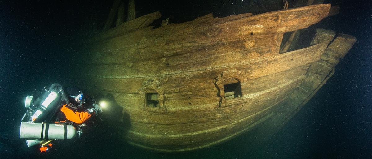 Tàu chở hàng của Hà Lan vào thế kỷ 17 được tìm thấy ở biển Baltic