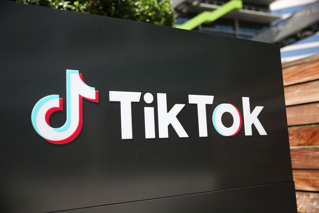sciencetimes.com - Mark Alvin Bustos - Trump Approves Oracle Acquisition of TikTok in the US