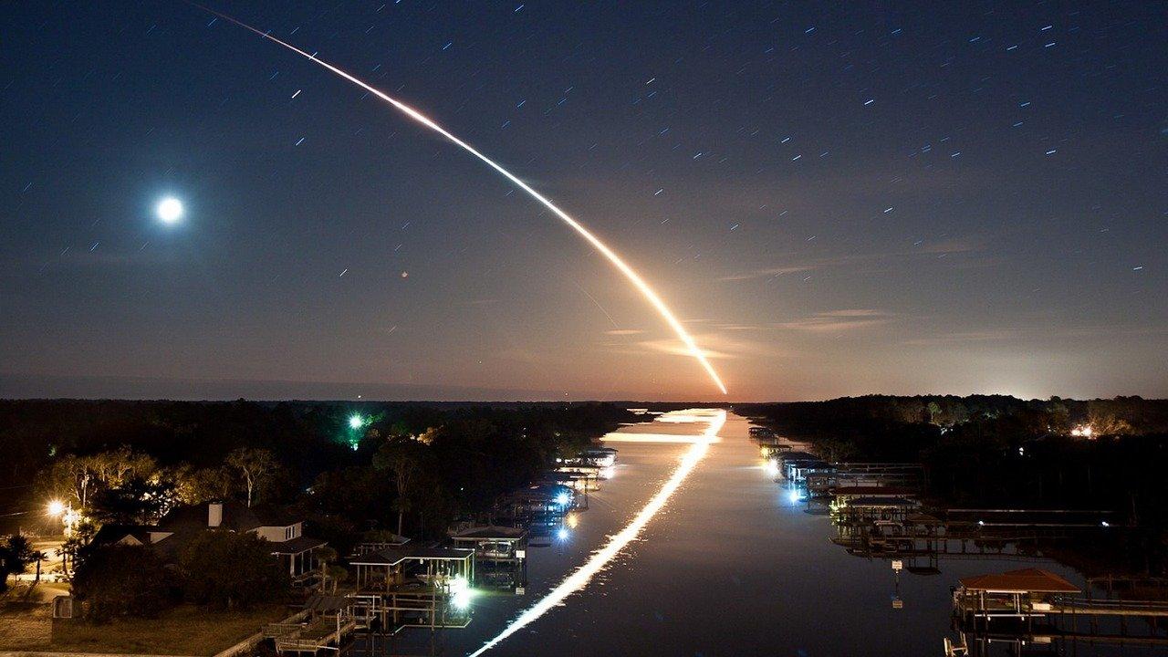 [WATCH] Quả cầu lửa được bắt trên máy ảnh ở bầu trời Đông Bắc Ohio