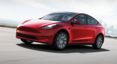 Tesla Model Y's Roof Suddenly Flew Off While Cruising the Highway