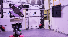 Stanford Scientists Develop Gecko-Inspired Adhesive Grippers for the Astrobee Robot