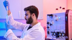 The Technological Vaccine Center of the Federal University of Minas Gerais is Testing a Vaccine against the Coronavirus (COVID - 19) and also Testing Diagnosis Kits
