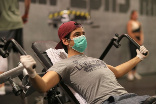 It May Feel Uncomfortable, but Wearing Mask During Exercise Should Not Damage Oxygen Intake, Experts Say