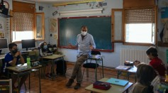 Science Times - The Best COVID-19 Face Masks for Classroom Scenarios, Expert Says