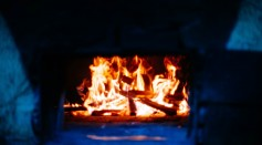 Domestic Wood Burning Contributes Three Times the Particle Pollution of Traffic in the UK