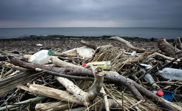 Rubbish Litters UK Beaches