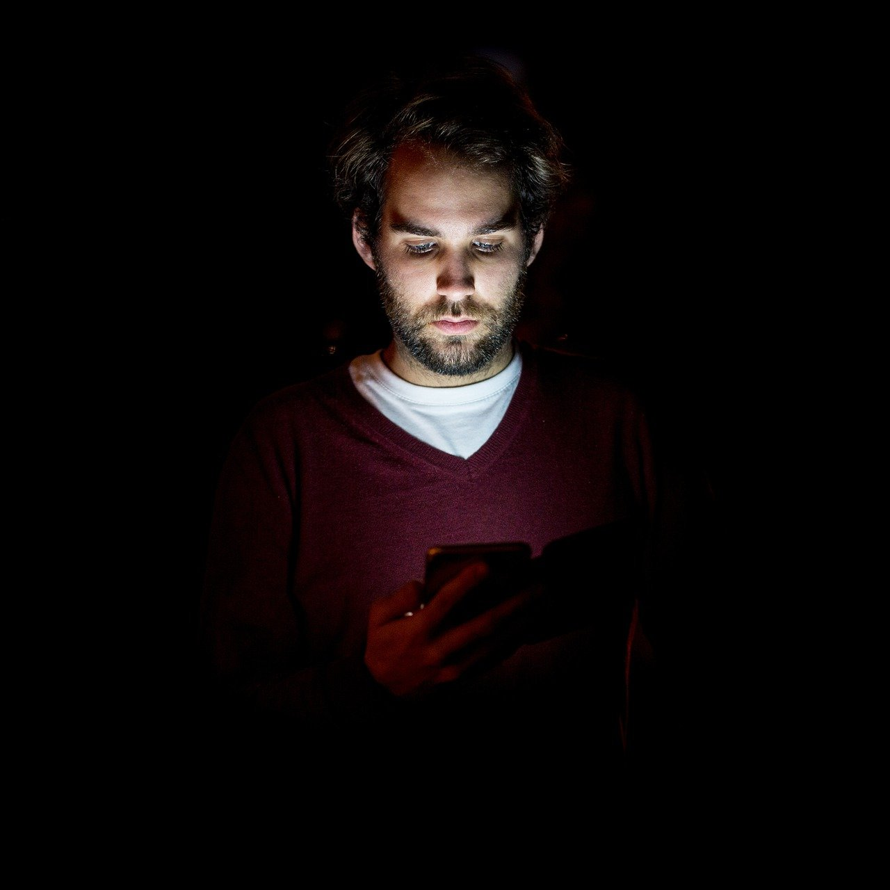 Technology, Gadgets Use May Change Human Body Clock; Here's What to Do