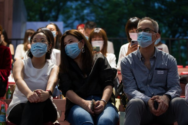 Science Times - Mask Outdoors Not Needed for Fully Vaccinated People—CDC