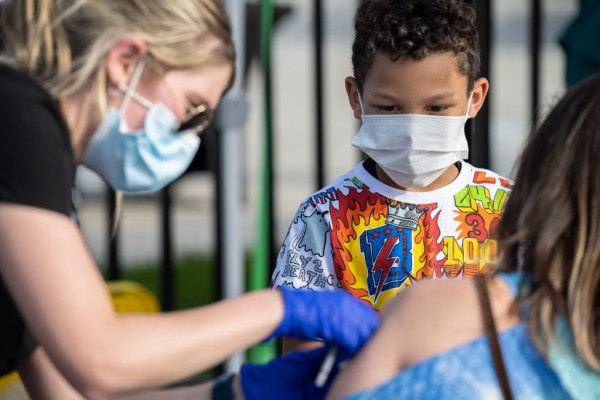 Science Times - COVID-19 Vaccine for Children: Pfizer Anticipates Filing for Complete Approval from FDA to Vaccinate Children Aged 2-11 Years Old