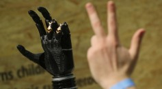Science Times - Robotic 'Third Thumb': Research Reveals Impact of This Technology on People's Brains