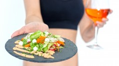 Science Times - Vegetarians Healthier Than Meat-Eaters Even if They Smoke, Drink Alcohol [Study]