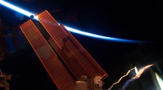 Science Times - Spacesuit Problems Solved: Spacewalking Astronauts Successfully Install, Unfurl New Solar Panels