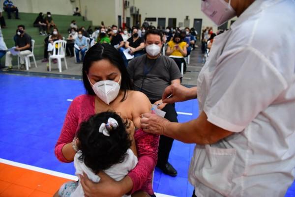 TOPSHOT-PARAGUAY-HEALTH-VIRUS-VACCINES