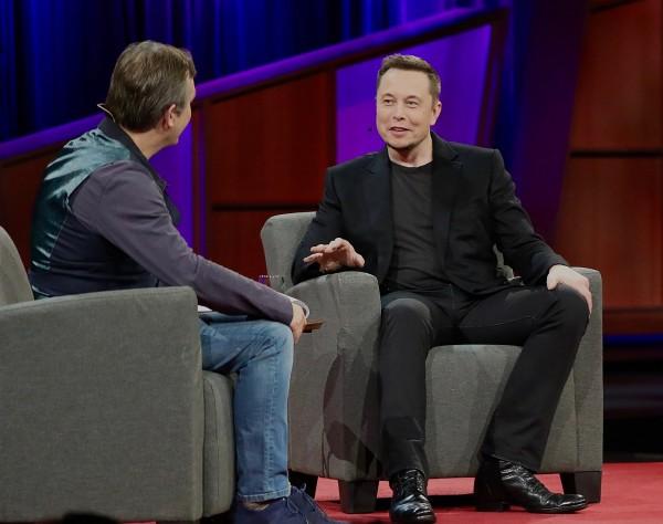 Elon_Musk_at_TED_2017.jpeg