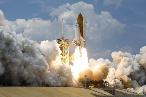 space-rocket-launching-73871