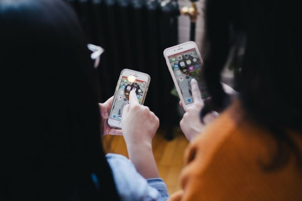5 Ways Your Small Business Can Benefit from Having a Mobile Application