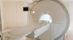 technology-hospital-medicine-indoors-7089017