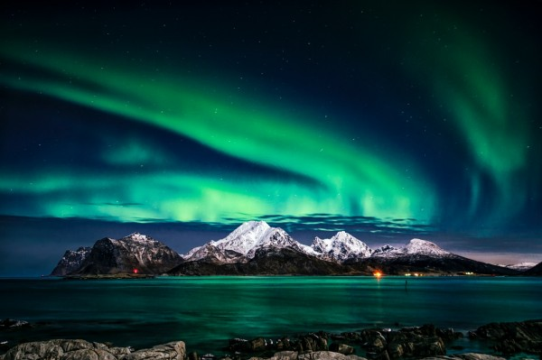 NOAA: Southward Prediction of G2-Level Geomagnetic Storm and Aurora Borealis
