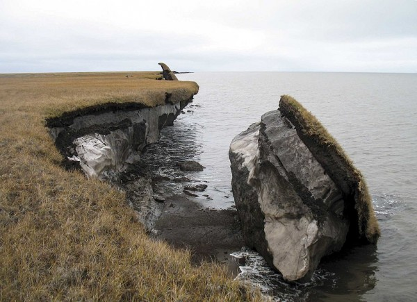 Climate_Impacts_to_Arctic_Coasts_(32682616471).jpg