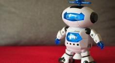 Meet Caltech's LEONARDO: The Bipedal Walking Robot That Can Fly, Slackline, Skateboard