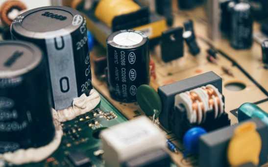 Basic Function and Application of Super Capacitor