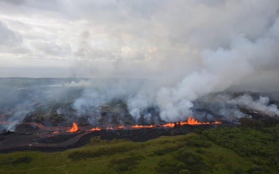 Scientists Tested Laws of Friction to Understand Caldera Collapse During Kilauea Volcano Eruption in 2018