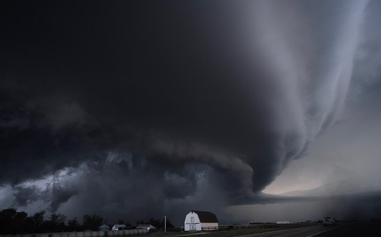 Mechanism Behind Icy Plumes Preceding Supercell Storms Finally Explained