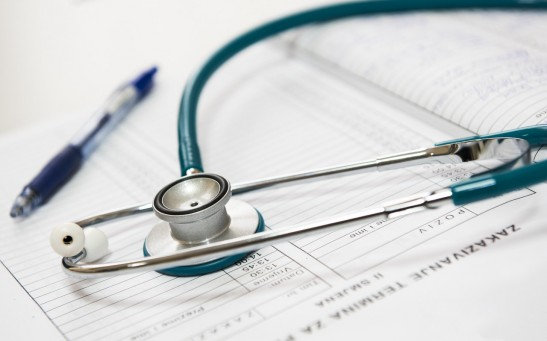 close-up-photo-of-a-stethoscope-40568/